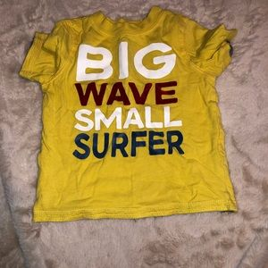 Big wave smaller surfer Graphic Tee